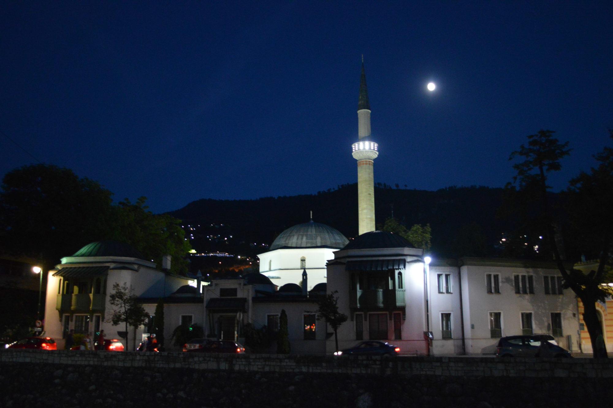 sarajevo-mosque-night