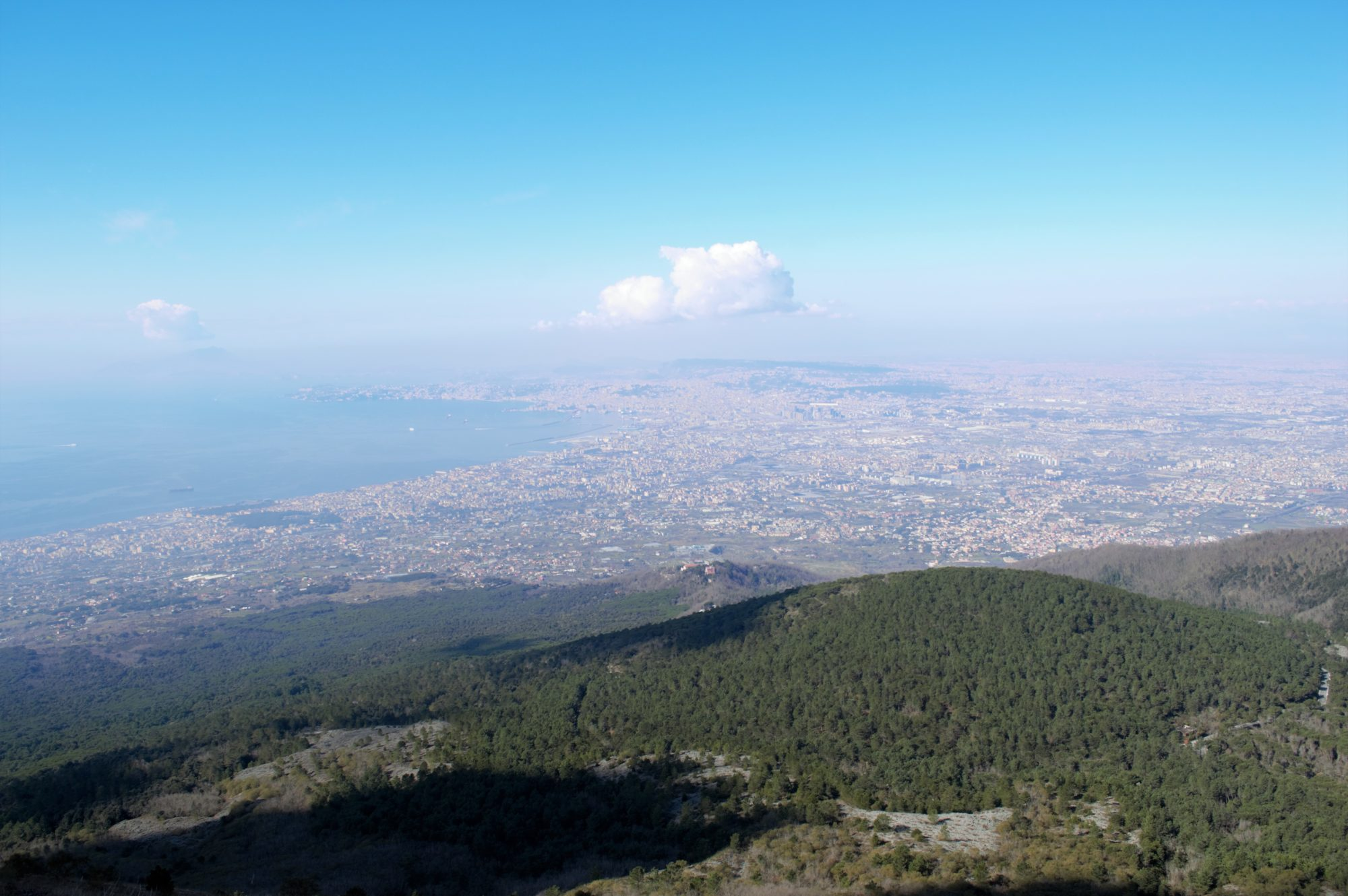 vesuvius-crater-bay-naples-view