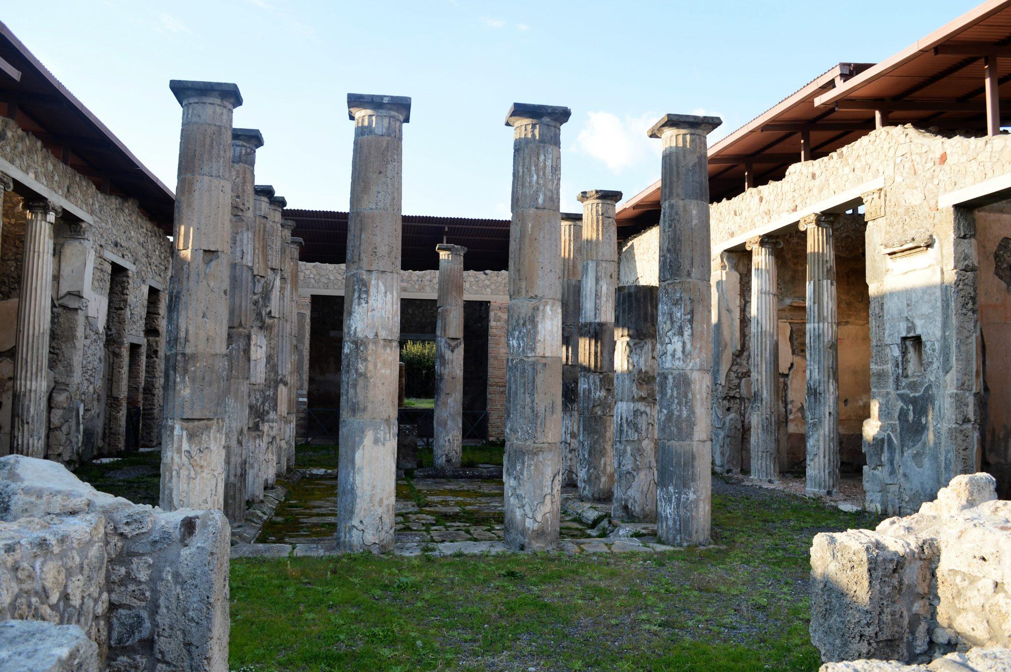 pompeii-temple