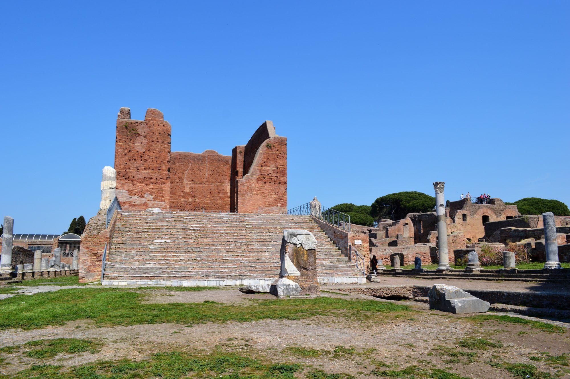ostia-capitolum-forum