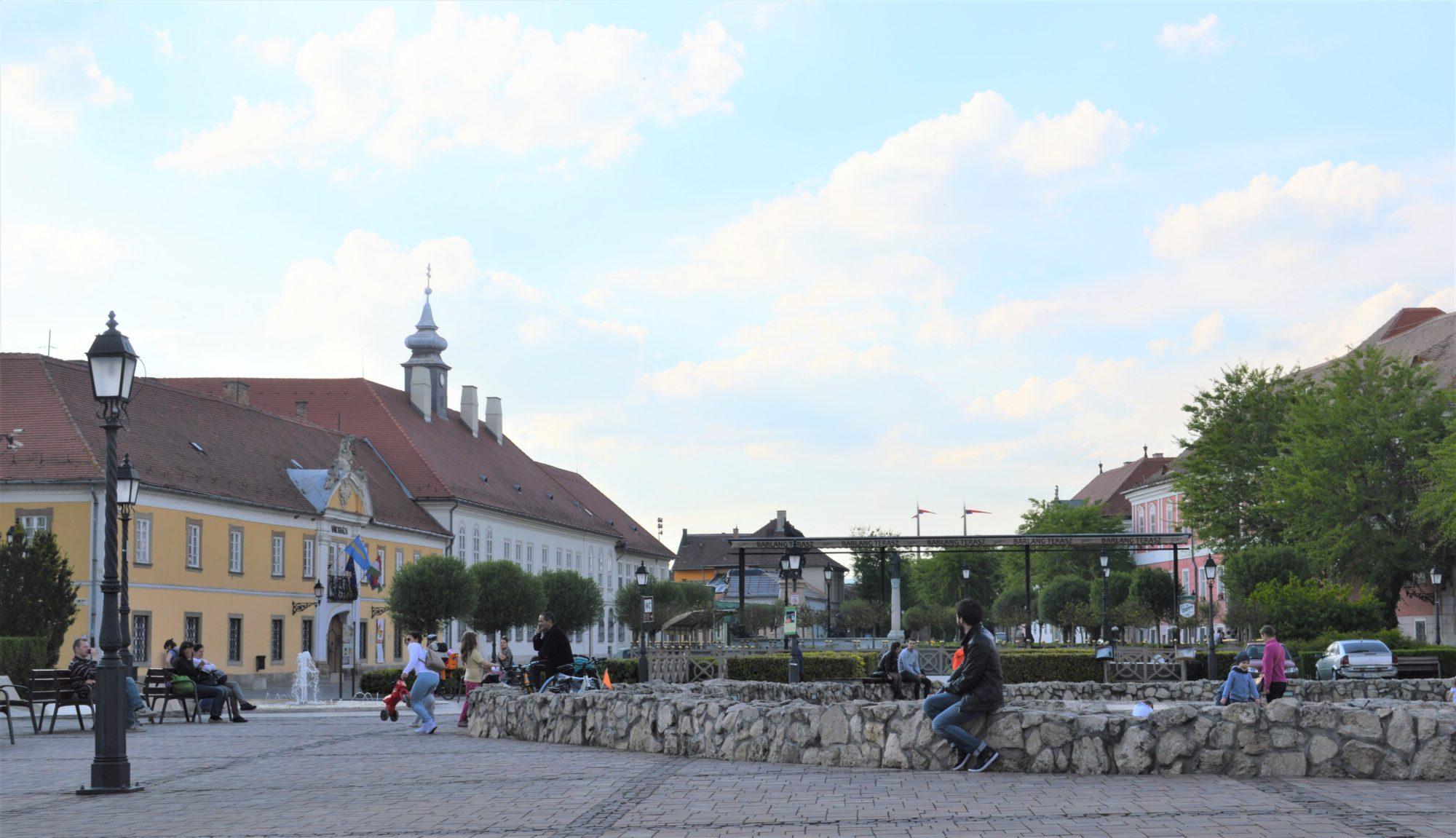 vac-main-square