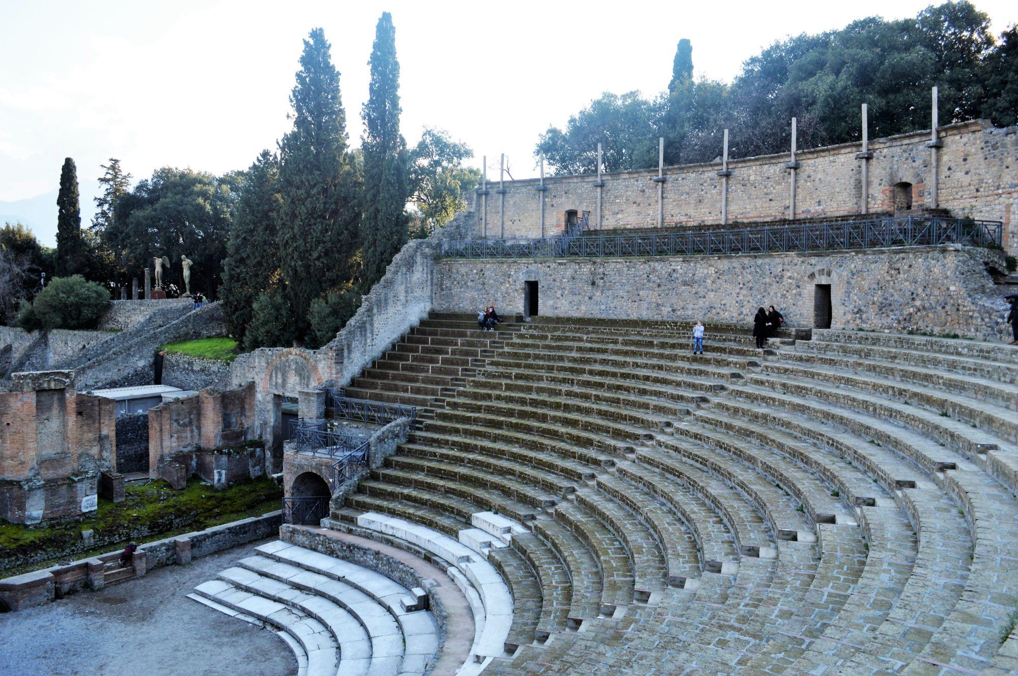 pompeii-theatre
