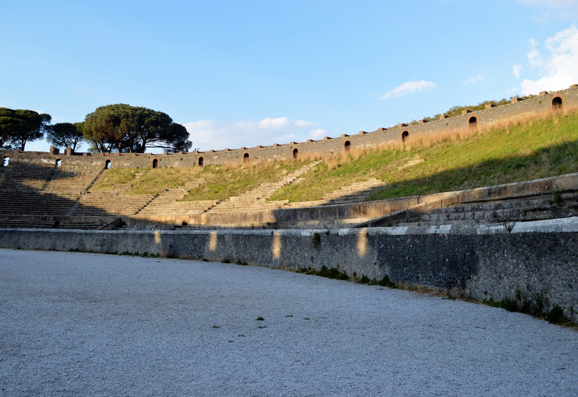 pompeii-amphitheatre