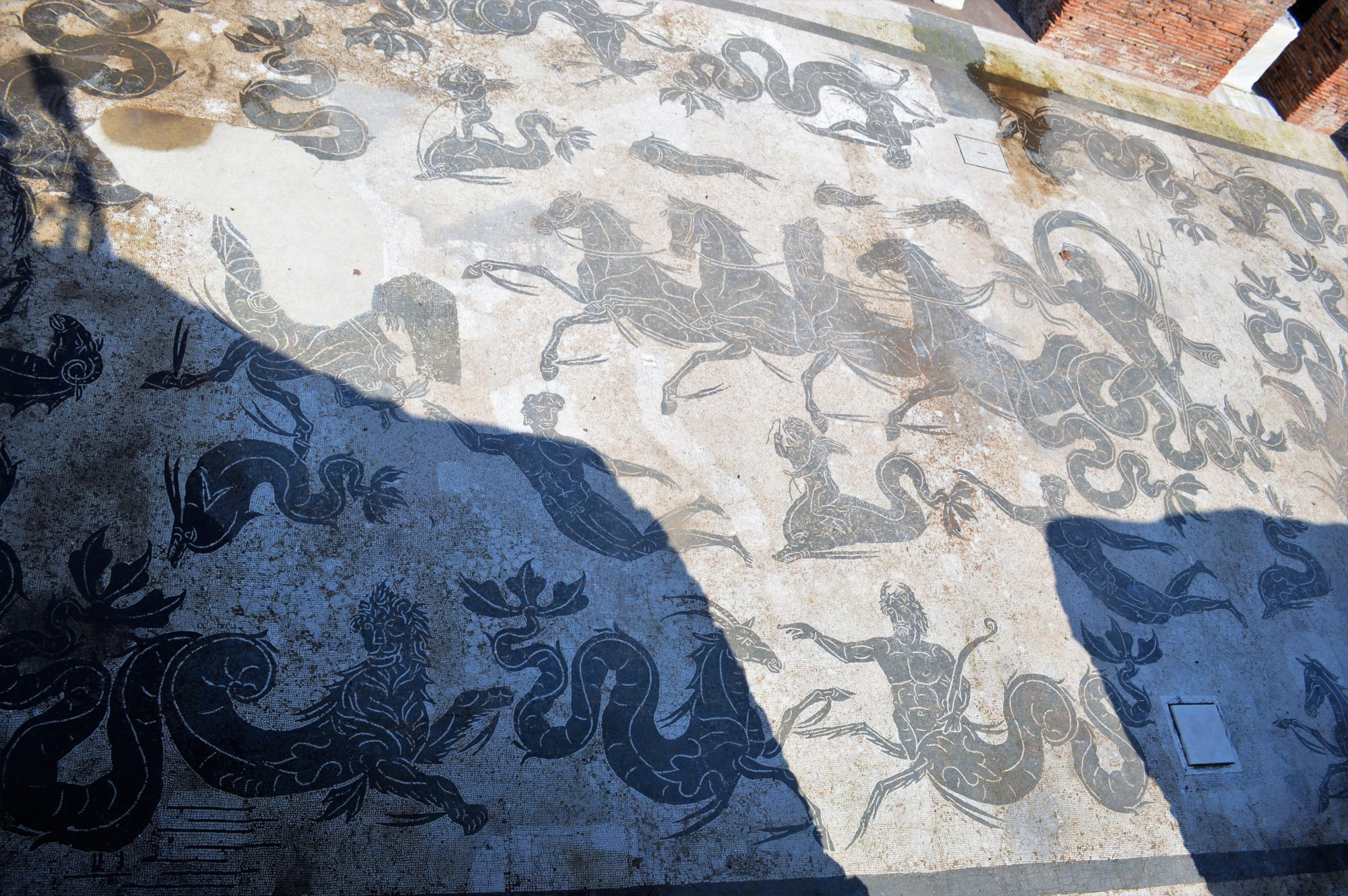 neptune-baths-mosaic