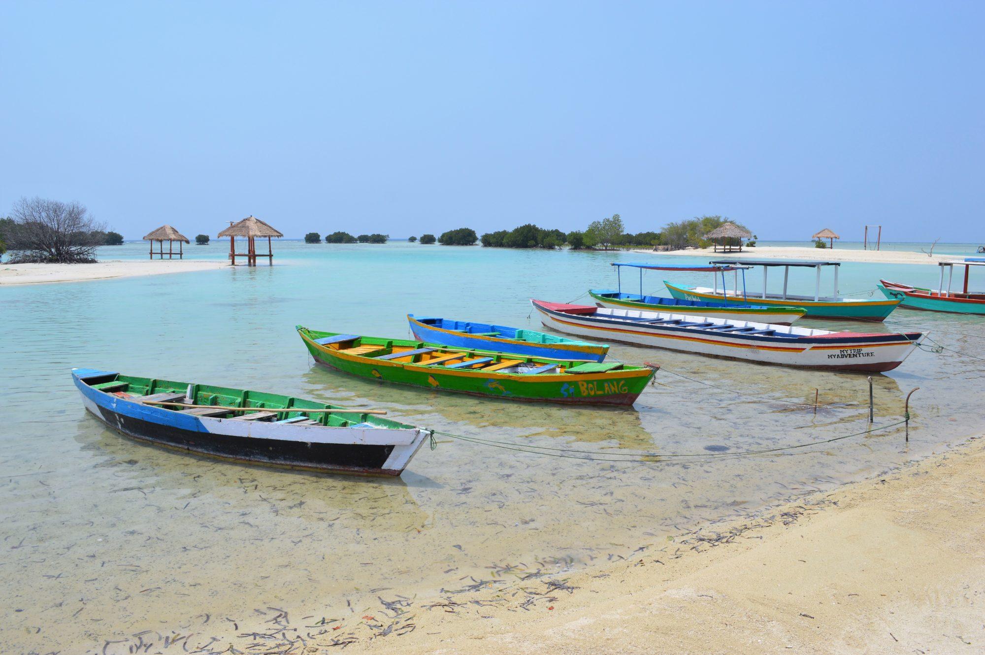 pulau-pari-pantai-pasir-perawan-3