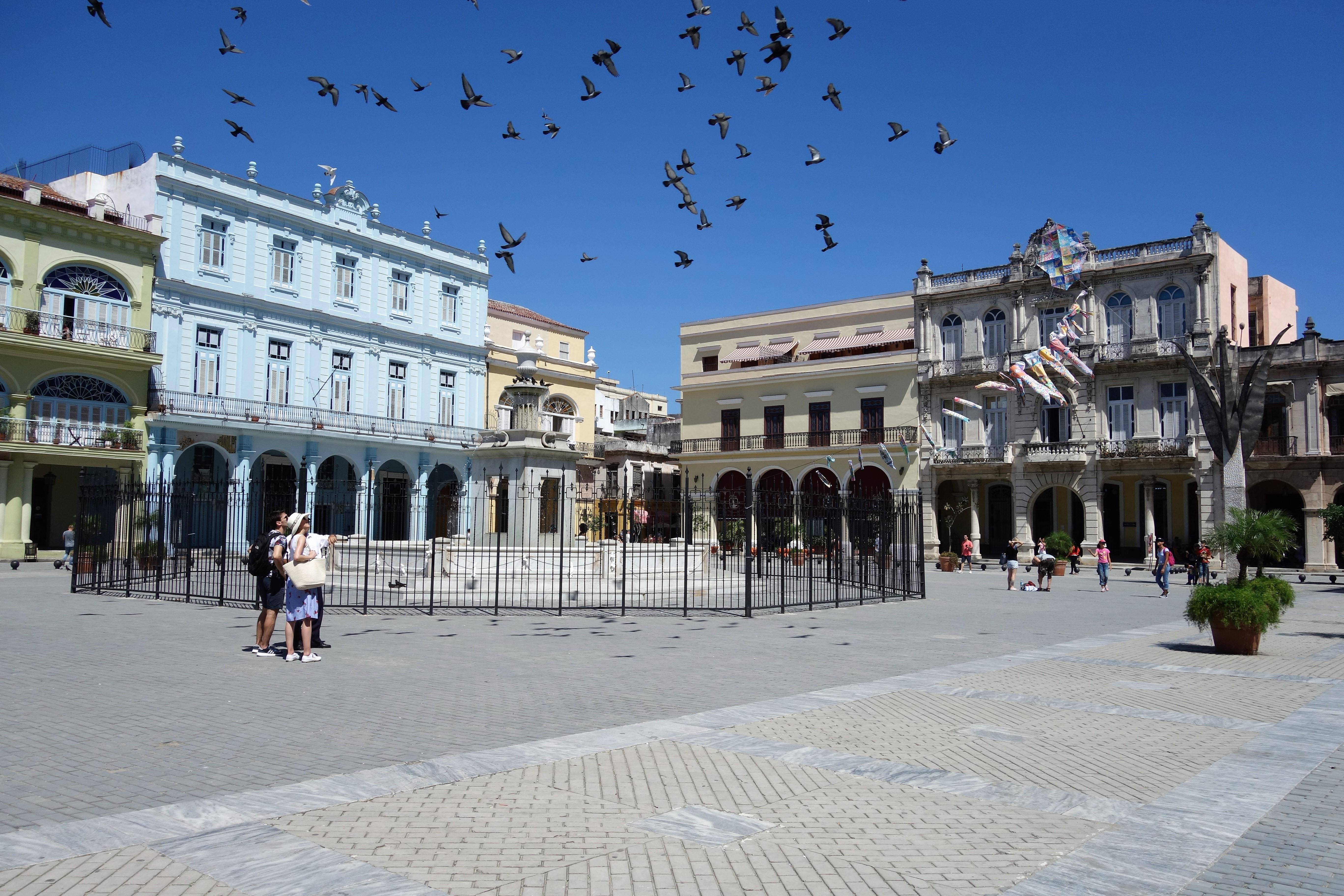 havana-plaza-vieja