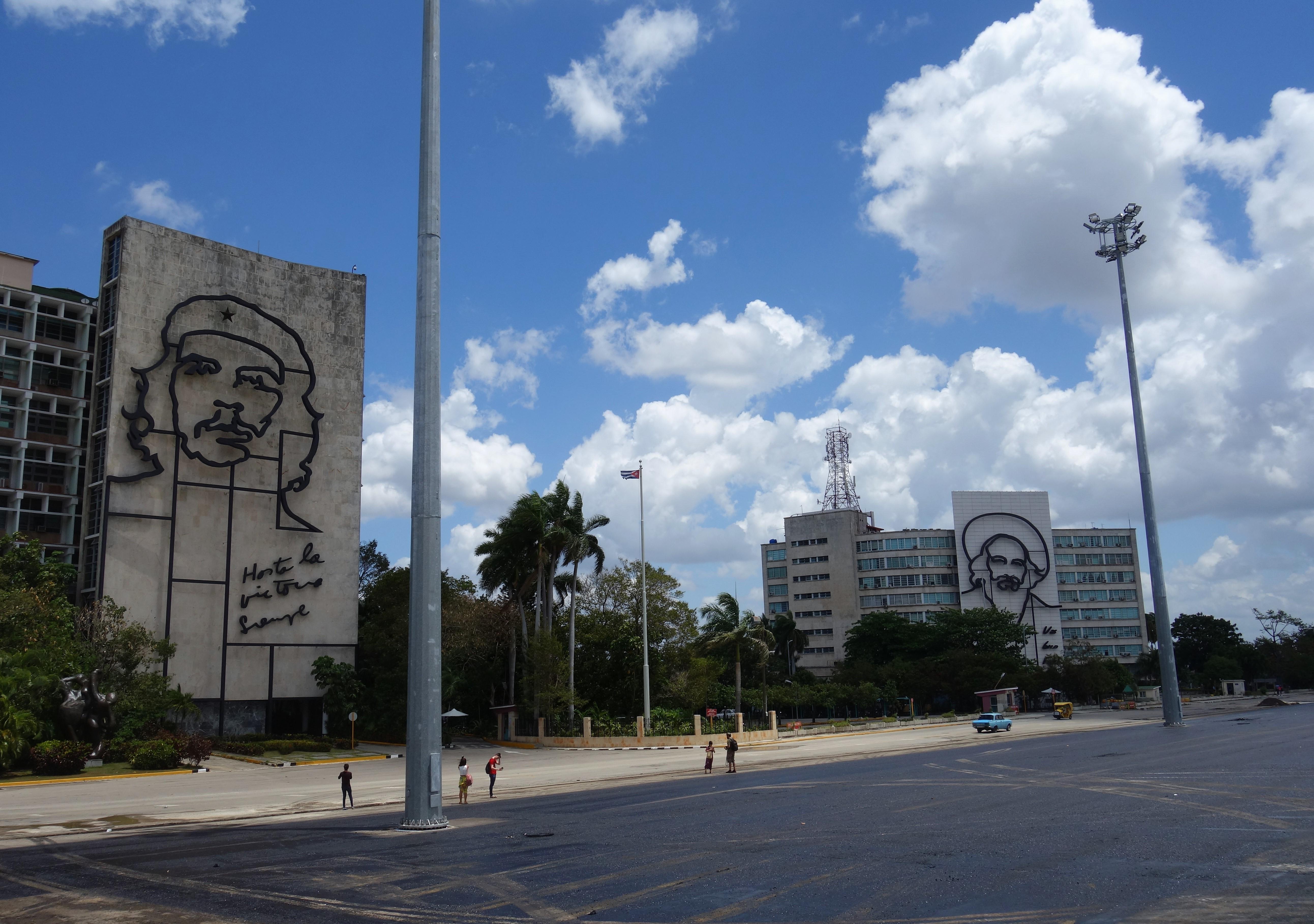 plaza-de-la-revolucion-havana