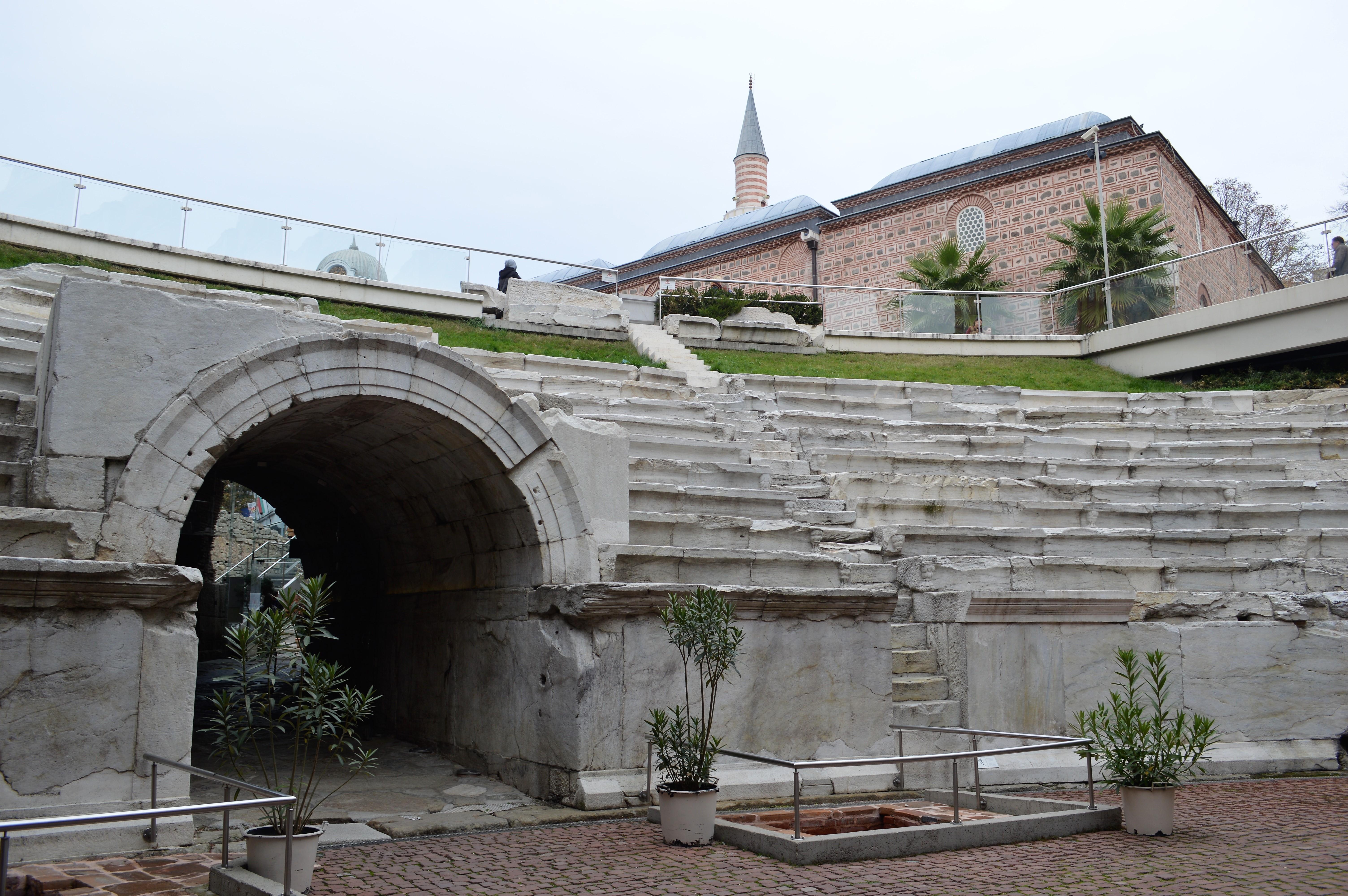plovdiv-roma-amphiteater