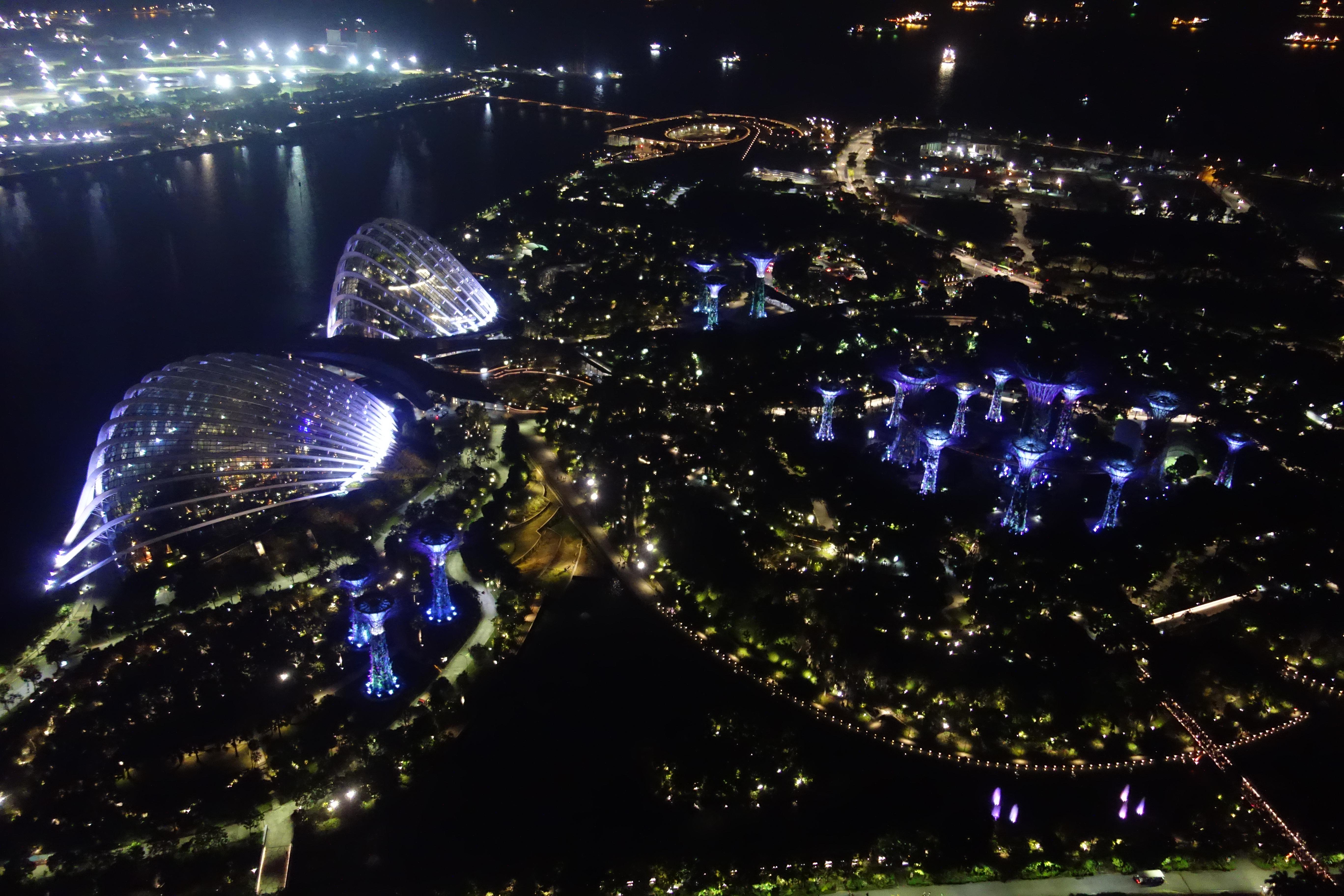 marina-bay-view-by-night-singapore