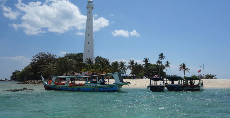 belitung-lighthouse-lengkuas