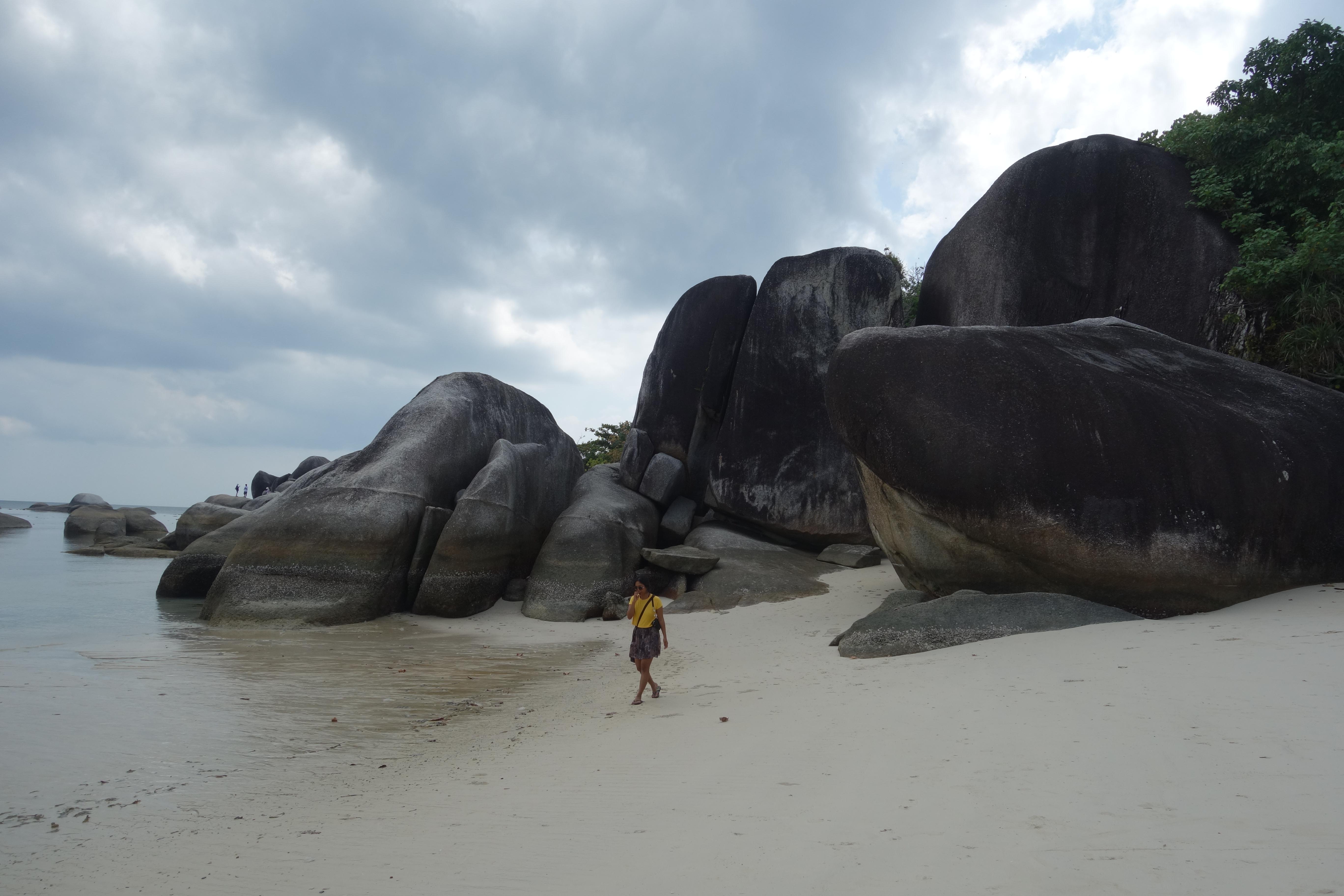 belitung-tanjung-tinggi-beach1