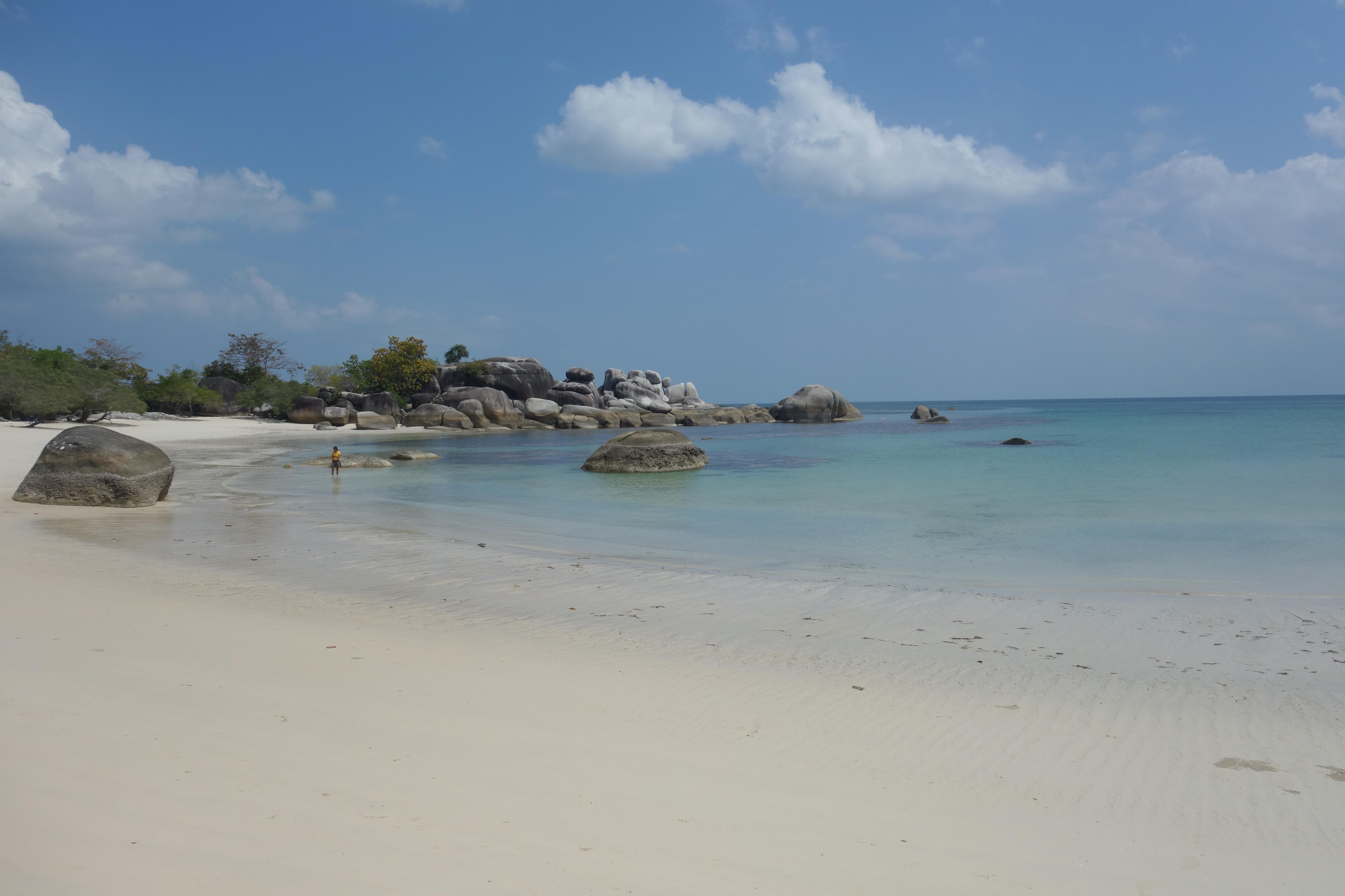 belitung-tanjung-tinggi-beach