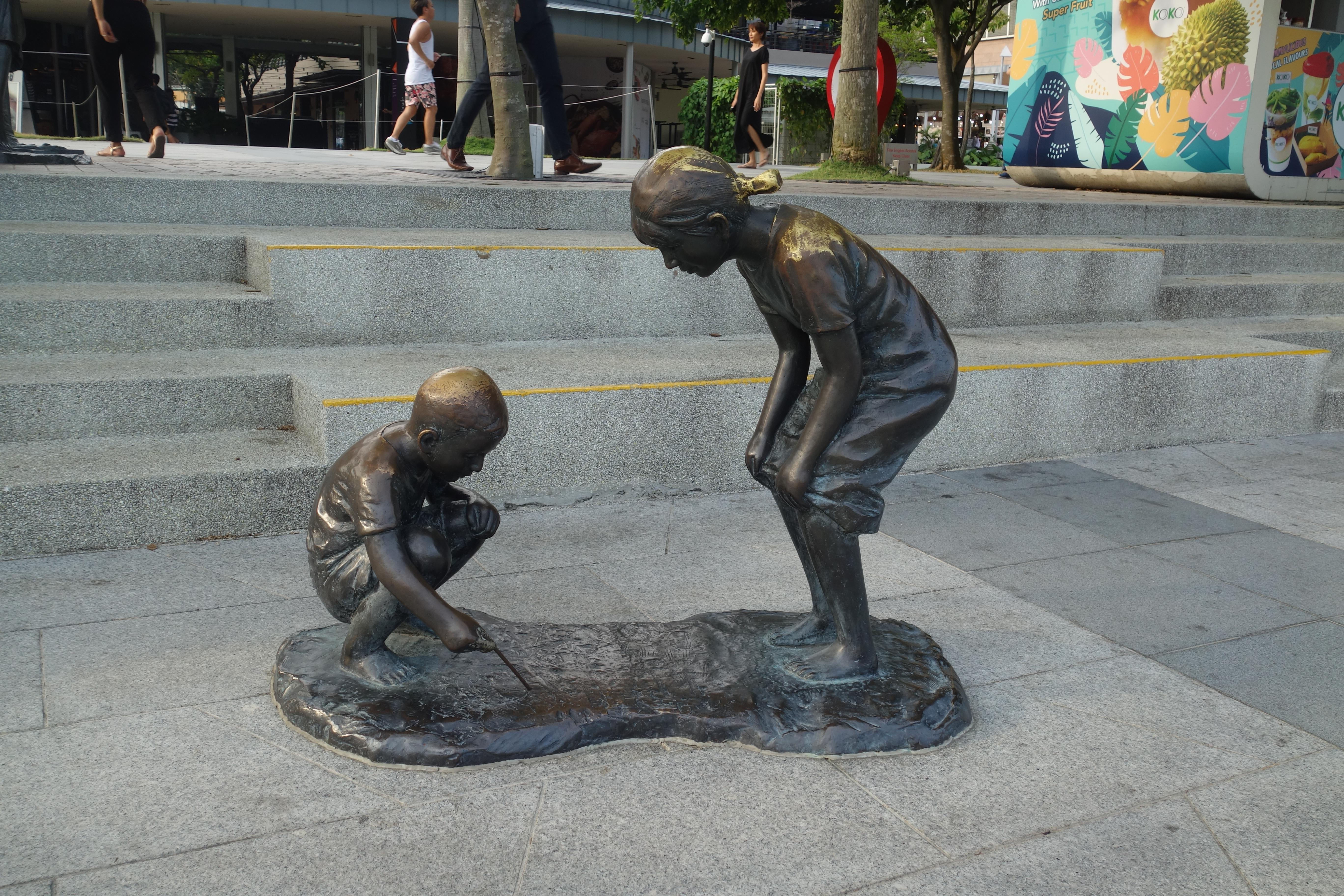marina-bay-singapore-statues