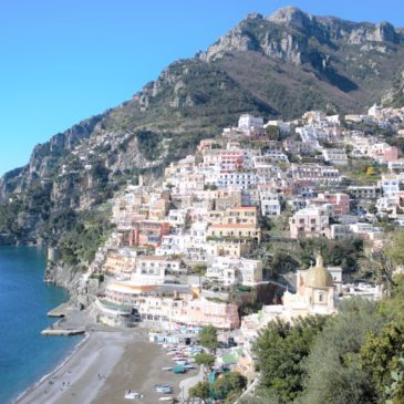 Découvrir la côte amalfitaine, de Naples à Amalfi