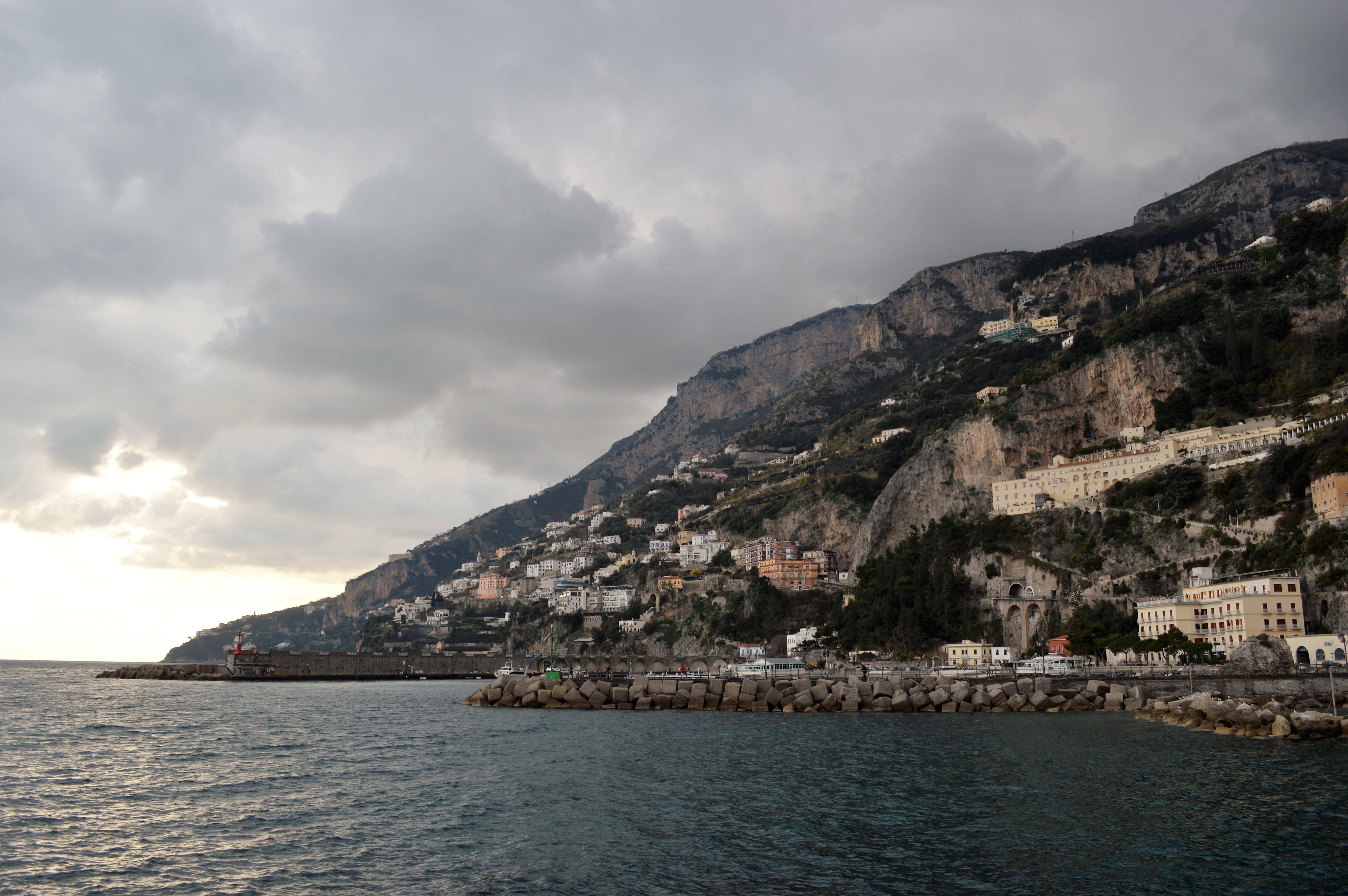 amalfi-depuis-plage2